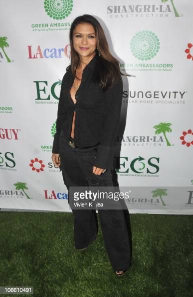Actress Nia Peeples attends RethinkGreen Awards Ceremony at Blackwelder LA on November 6 2010 in Culver City California