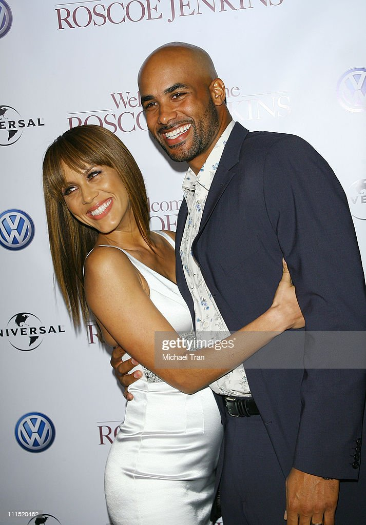 Actress Nicole Ari Parker and actor Boris Kodjoe arrive at the Los Angeles premiere of 'Welcome Home Roscoe Jenkins' held at the Grauman's Chinese on...