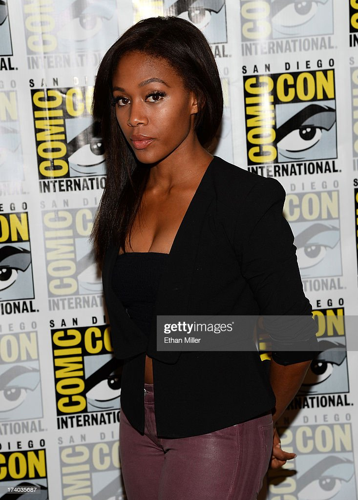 Actress <a gi-track='captionPersonalityLinkClicked' href=/galleries/search?phrase=Nicole+Beharie&family=editorial&specificpeople=5806791 ng-click='$event.stopPropagation()'>Nicole Beharie</a> attends the 'Sleepy Hollow' press line during Comic-Con International 2013 at the Hilton San Diego Bayfront Hotel on July 19, 2013 in San Diego, California.