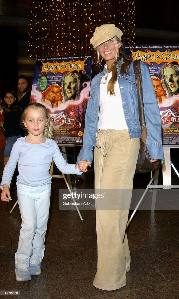Actress Nicole Eggert arrives at the premiere of the movie 'Hansel & Gretel' on October 14, 2002 in Los Angeles, California.