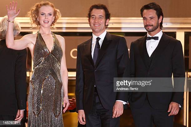 Actress Nicole Kidman actor Clive Owen and actor Rodrigo Santoro attend 'Hemingway Gellhorn' Premiere during the 65th Annual Cannes Film Festival at...