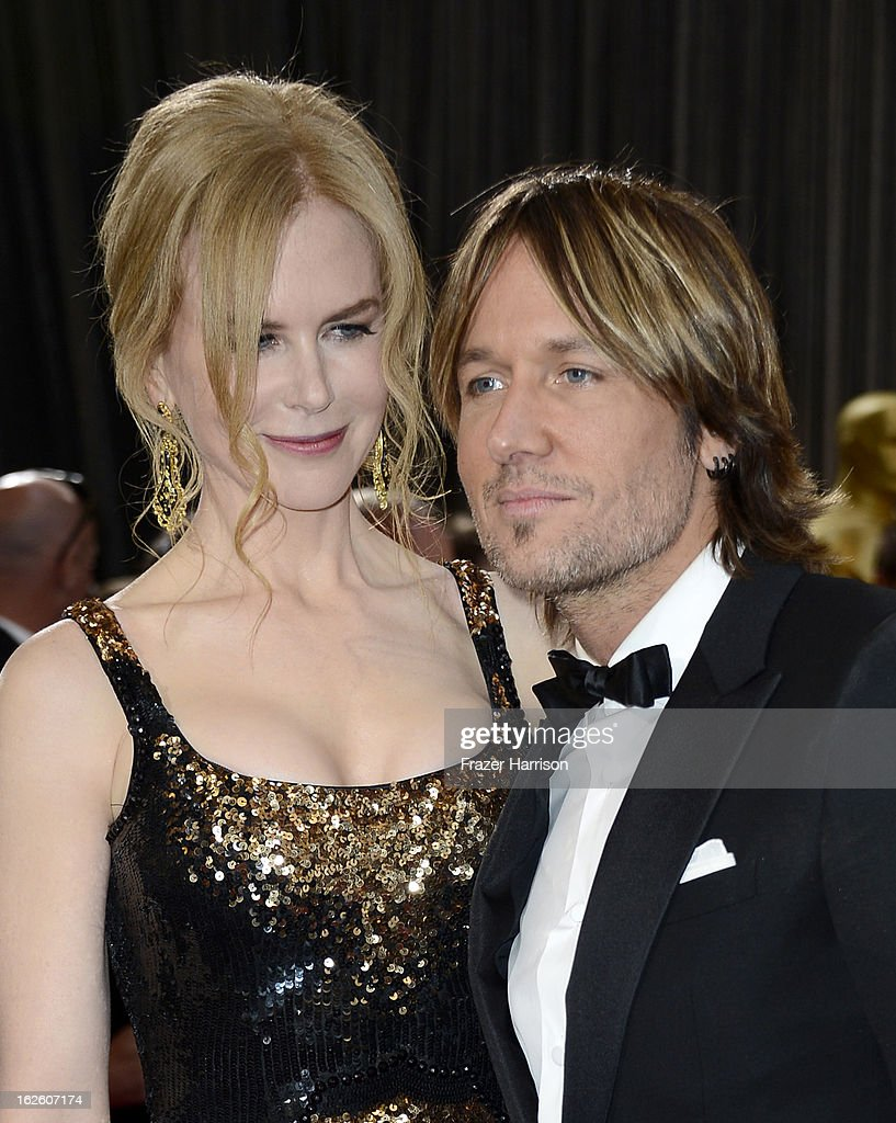 Actress Nicole Kidman and singer Keith Urban arrive at the Oscars at Hollywood & Highland Center on February 24, 2013 in Hollywood, California.