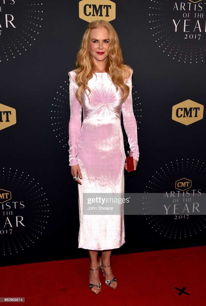 Actress Nicole Kidman arrives at the 2017 CMT Artists Of The Year on October 18, 2017 in Nashville, Tennessee.