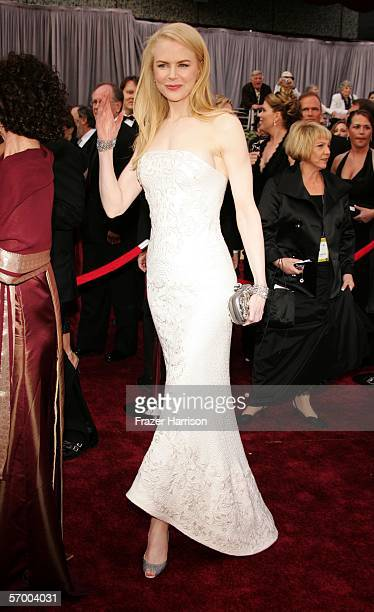 Actress Nicole Kidman arrives to the 78th Annual Academy Awards at the Kodak Theatre on March 5 2006 in Hollywood California