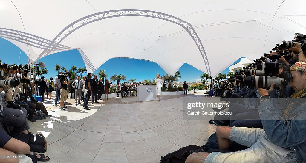 Actress Nicole Kidman attends the 'Grace of Monaco' photocall during the 67th Annual Cannes Film Festival on May 14, 2014 in Cannes, France.