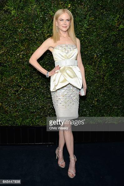 Actress Nicole Kidman wearing CHANEL attends the Charles Finch and CHANEL PreOscar Awards Dinner at Madeo Restaurant on February 25 2017 in Beverly...
