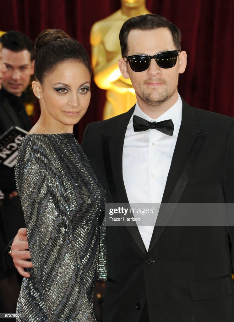 Actress Nicole Richie (L) and musician Joel Madden arrive at the 82nd Annual Academy Awards held at Kodak Theatre on March 7, 2010 in Hollywood, California.