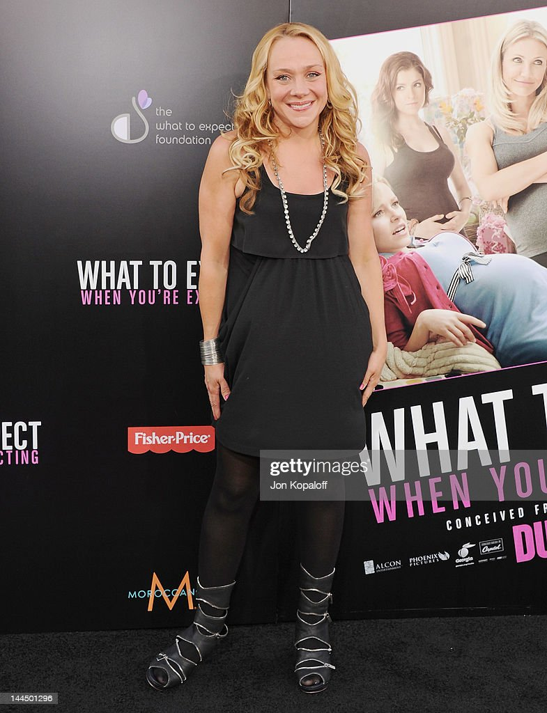 Actress Nicole Sullivan arrives at the Los Angeles Premiere 'What To Expect When You're Expecting' at Grauman's Chinese Theatre on May 14, 2012 in Hollywood, California.