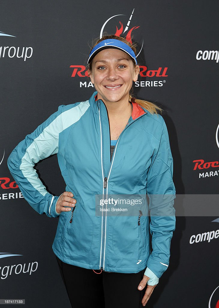Actress Nicole Sullivan arrives at the Zappos.com Rock 'n' Roll Las Vegas Marathon on December 2, 2012 in Las Vegas, Nevada.