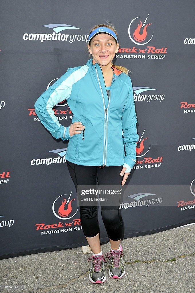Actress Nicole Sullivan arrives at the Zappos.com Rock 'n' Roll Las Vegas Marathon and Half-Marathon on December 2, 2012 in Las Vegas, Nevada.