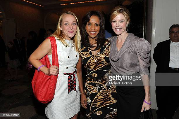 Actress Nicole Sullivan Faye McClure LA devision board March of Dimes and actress Julie Bowen attend the March of Dimes Foundation Samantha Harris...