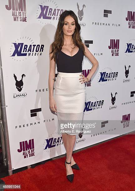 Actress Nicole Trunfio arrives to the Los Angeles premiere of 'Jimi All Is By My Side' at ArcLight Cinemas on September 22 2014 in Hollywood...