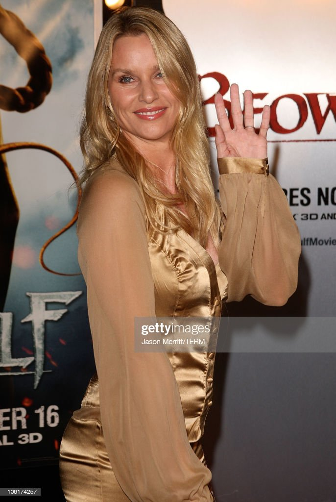 Actress Nicollette Sheridan arrives at the Los Angeles Premiere of 'Beowulf' at Westwood Village on November 5 2007 in Weswood California