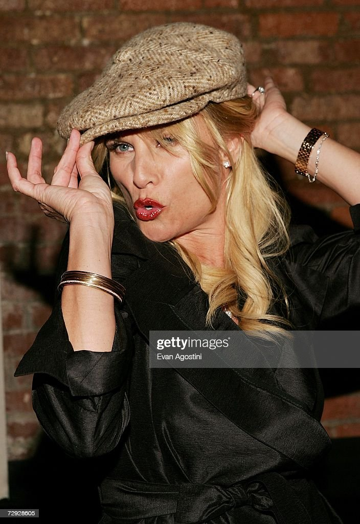 Actress Nicollette Sheridan attends the 'Code Name: The Cleaner' premiere after party at Pacha, January 04, 2007 in New York City.