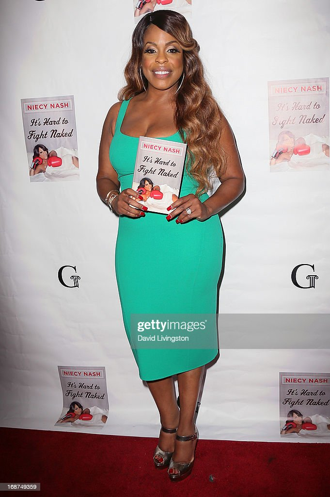 Actress Niecy Nash attends a signing for her book 'It's Hard to Fight Naked' at the Luxe Rodeo Drive Hotel on May 14, 2013 in Beverly Hills, California.