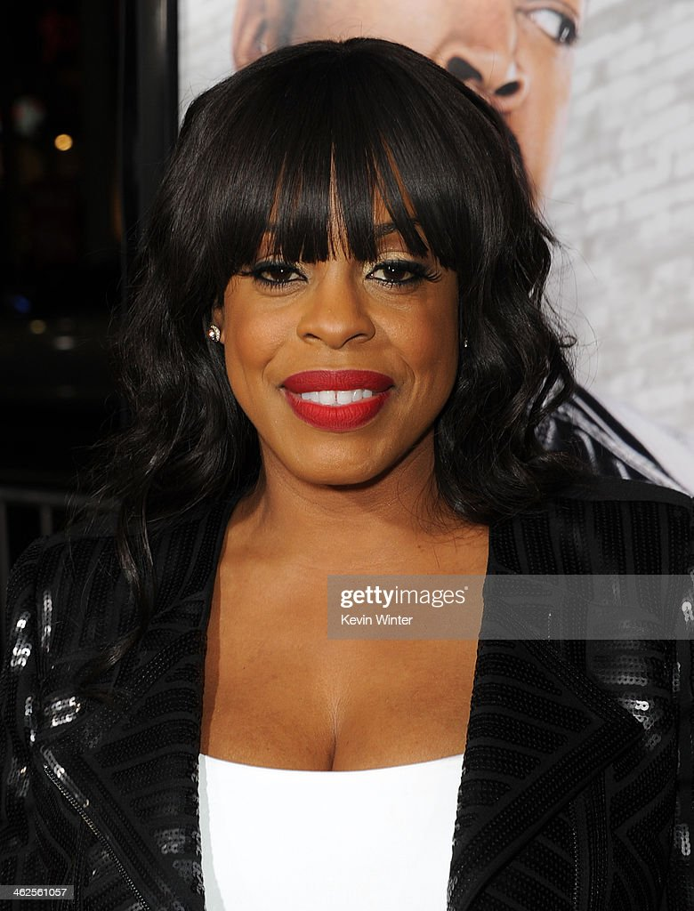 Actress <a gi-track='captionPersonalityLinkClicked' href=/galleries/search?phrase=Niecy+Nash&family=editorial&specificpeople=228464 ng-click='$event.stopPropagation()'>Niecy Nash</a> attends the Premiere Of Universal Pictures' 'Ride Along' at TCL Chinese Theatre on January 13, 2014 in Hollywood, California.