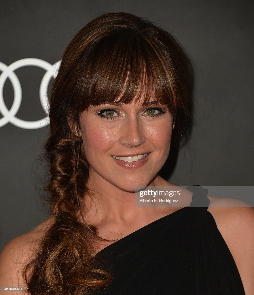 Actress <a gi-track='captionPersonalityLinkClicked' href=/galleries/search?phrase=Nikki+DeLoach&family=editorial&specificpeople=762634 ng-click='$event.stopPropagation()'>Nikki DeLoach</a> arrives to Audi Celebrates Golden Globes Weekend at Cecconi's Restaurant on January 9, 2014 in Los Angeles, California.