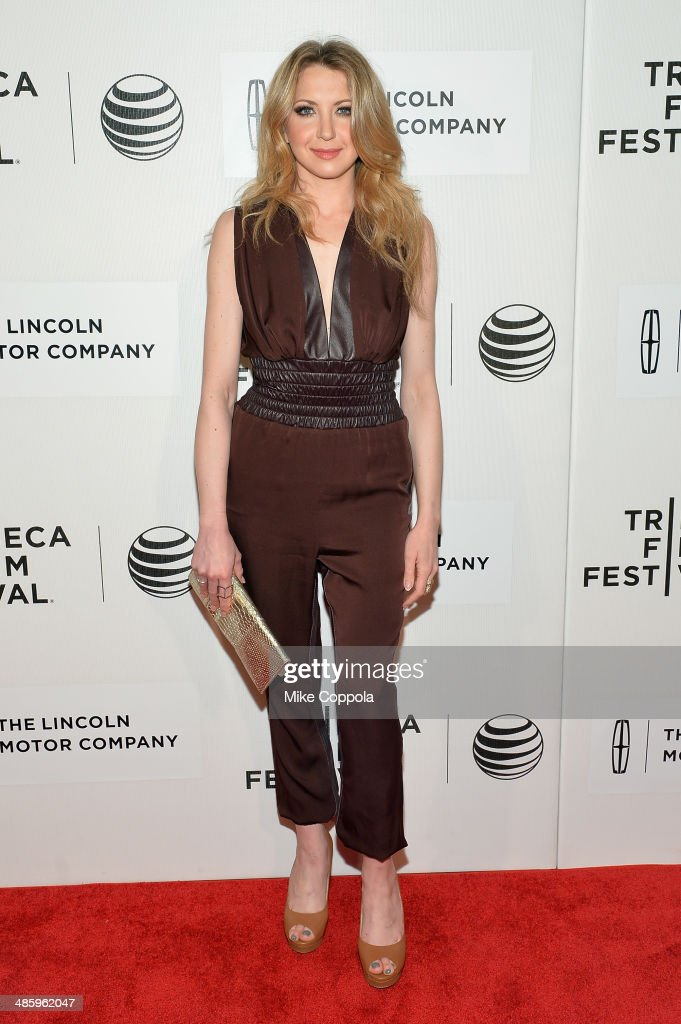 Actress <a gi-track='captionPersonalityLinkClicked' href=/galleries/search?phrase=Nina+Arianda&family=editorial&specificpeople=6796662 ng-click='$event.stopPropagation()'>Nina Arianda</a> attends the 'Lucky Them' Premiere during the 2014 Tribeca Film Festival at BMCC Tribeca PAC on April 21, 2014 in New York City.
