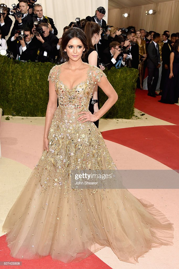 Actress <a gi-track='captionPersonalityLinkClicked' href=/galleries/search?phrase=Nina+Dobrev&family=editorial&specificpeople=4397485 ng-click='$event.stopPropagation()'>Nina Dobrev</a> attends the 'Manus x Machina: Fashion In An Age Of Technology' Costume Institute Gala at Metropolitan Museum of Art on May 2, 2016 in New York City.