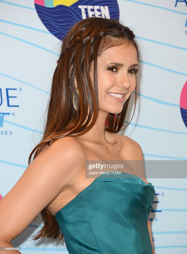 Actress Nina Dobrev, winner of Choice Fantasy/Sci-Fi Show award, poses in the press room during the 2012 Teen Choice Awards at Gibson Amphitheatre on July 22, 2012 in Universal City, California.