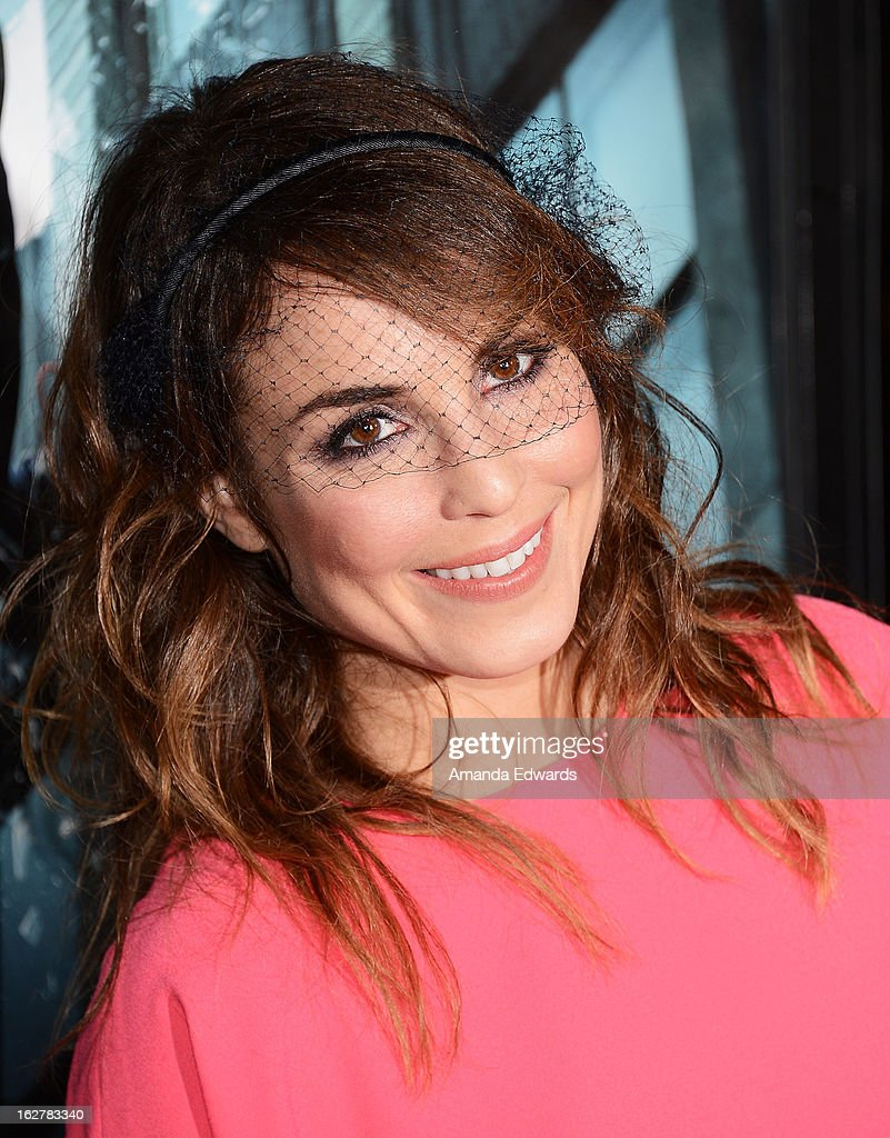 Actress <a gi-track='captionPersonalityLinkClicked' href=/galleries/search?phrase=Noomi+Rapace&family=editorial&specificpeople=4522889 ng-click='$event.stopPropagation()'>Noomi Rapace</a> arrives at the Los Angeles Premiere of 'Dead Man Down' at ArcLight Hollywood on February 26, 2013 in Hollywood, California.