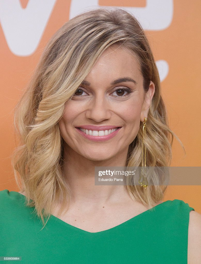 Actress <a gi-track='captionPersonalityLinkClicked' href=/galleries/search?phrase=Norma+Ruiz&family=editorial&specificpeople=4152734 ng-click='$event.stopPropagation()'>Norma Ruiz</a> attends 'El hombre de tu vida' press conference at RTVE studios on May 24, 2016 in Madrid, Spain.
