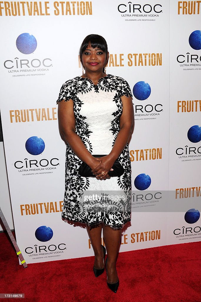 Actress <a gi-track='captionPersonalityLinkClicked' href=/galleries/search?phrase=Octavia+Spencer&family=editorial&specificpeople=2538115 ng-click='$event.stopPropagation()'>Octavia Spencer</a> arrives at the New York premiere of FRUITVALE STATION, hosted by The Weinstein Company, BET Films and CIROC Vodka on July 8, 2013 in New York City.
