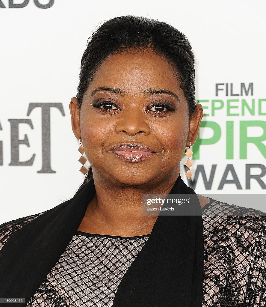 Actress <a gi-track='captionPersonalityLinkClicked' href=/galleries/search?phrase=Octavia+Spencer&family=editorial&specificpeople=2538115 ng-click='$event.stopPropagation()'>Octavia Spencer</a> attends the 2014 Film Independent Spirit Awards on March 1, 2014 in Santa Monica, California.