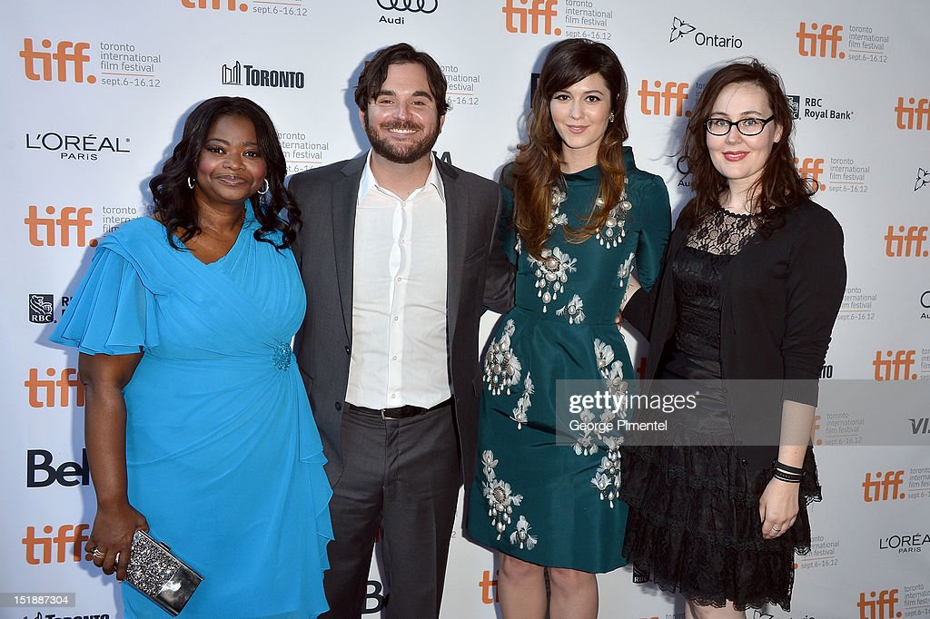 Actress <a gi-track='captionPersonalityLinkClicked' href=/galleries/search?phrase=Octavia+Spencer&family=editorial&specificpeople=2538115 ng-click='$event.stopPropagation()'>Octavia Spencer</a>, director James Ponsoldt, actress <a gi-track='captionPersonalityLinkClicked' href=/galleries/search?phrase=Mary+Elizabeth+Winstead&family=editorial&specificpeople=782914 ng-click='$event.stopPropagation()'>Mary Elizabeth Winstead</a>, and producer Jennifer Cochis attend the 'Smashed' Premiere during 2012 Toronto International Film Festival at Ryerson Theatre on September 12, 2012 in Toronto, Canada.