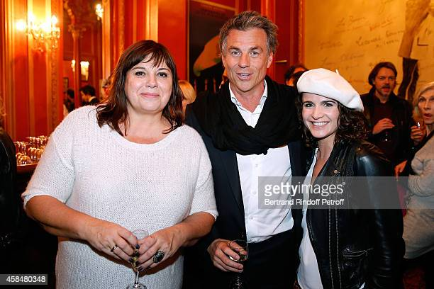 Actress of the piece Michele Bernier humorist Bruno Gaccio and his wife attend the 'Je prefere qu'on reste amis' Theater Play at Theatre Antoine on...