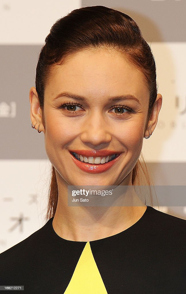 Actress Olga Kurylenko attends the 'Oblivion' press conference at Ritz Carlton Tokyo on May 7, 2013 in Tokyo, Japan. The film will open on May 31 in Japan.