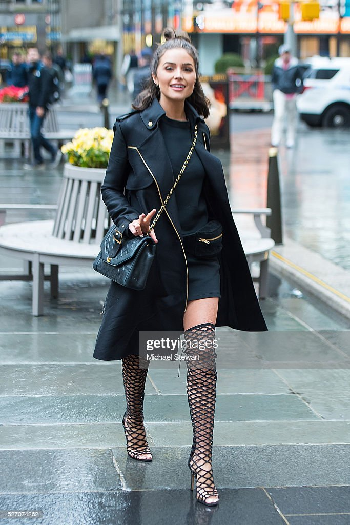 Actress <a gi-track='captionPersonalityLinkClicked' href=/galleries/search?phrase=Olivia+Culpo&family=editorial&specificpeople=9194131 ng-click='$event.stopPropagation()'>Olivia Culpo</a> is seen in Midtown on May 1, 2016 in New York City.