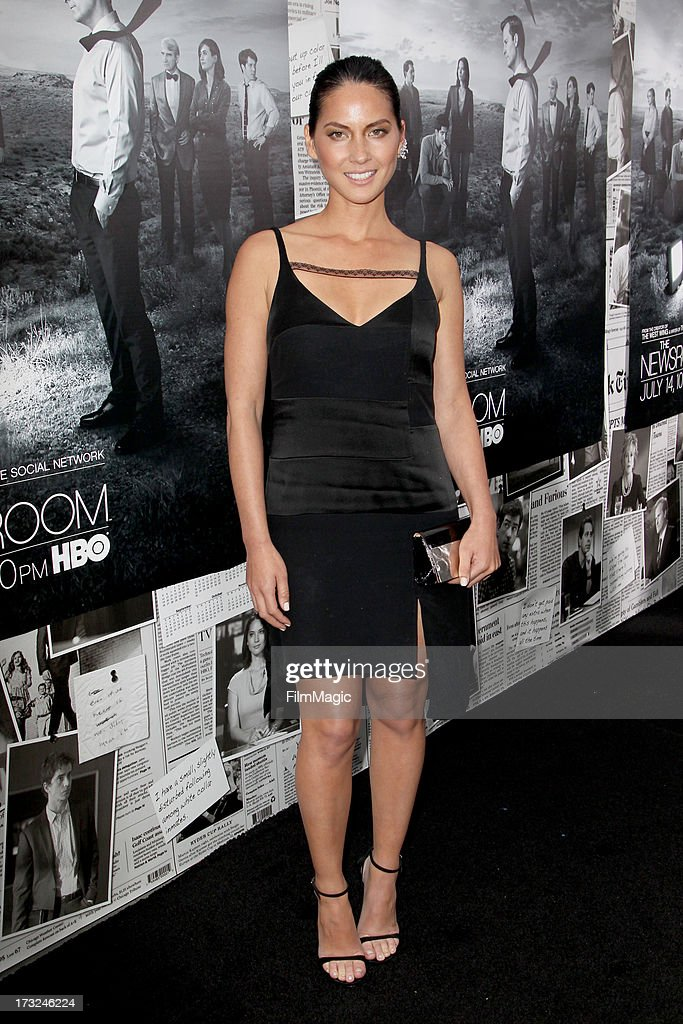 Actress <a gi-track='captionPersonalityLinkClicked' href=/galleries/search?phrase=Olivia+Munn&family=editorial&specificpeople=598969 ng-click='$event.stopPropagation()'>Olivia Munn</a> attends HBO's 'The Newsroom' season 2 premiere at Paramount Studios on July 10, 2013 in Hollywood, California.