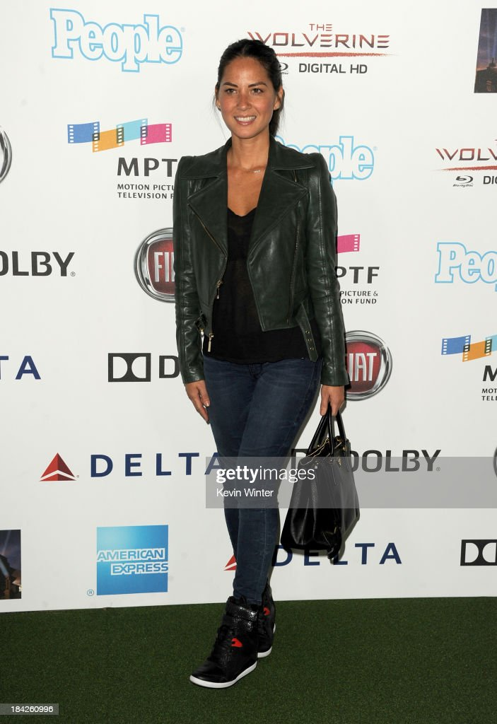 Actress <a gi-track='captionPersonalityLinkClicked' href=/galleries/search?phrase=Olivia+Munn&family=editorial&specificpeople=598969 ng-click='$event.stopPropagation()'>Olivia Munn</a> attends 'Hugh Jackman... One Night Only' Benefiting MPTF at Dolby Theatre on October 12, 2013 in Hollywood, California.