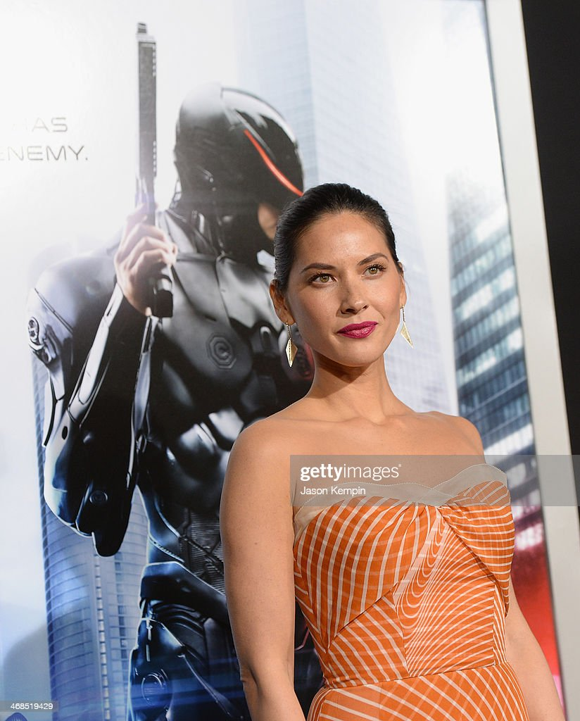 Actress <a gi-track='captionPersonalityLinkClicked' href=/galleries/search?phrase=Olivia+Munn&family=editorial&specificpeople=598969 ng-click='$event.stopPropagation()'>Olivia Munn</a> attends the premiere of Columbia Pictures' 'Robocop' on February 10, 2014 in Hollywood, California.