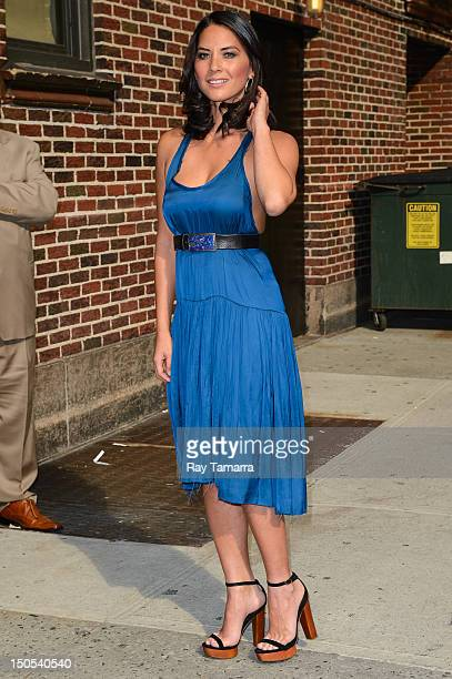 Actress Olivia Munn enters the 'Late Show With David Letterman' taping at the Ed Sullivan Theater on August 20 2012 in New York City