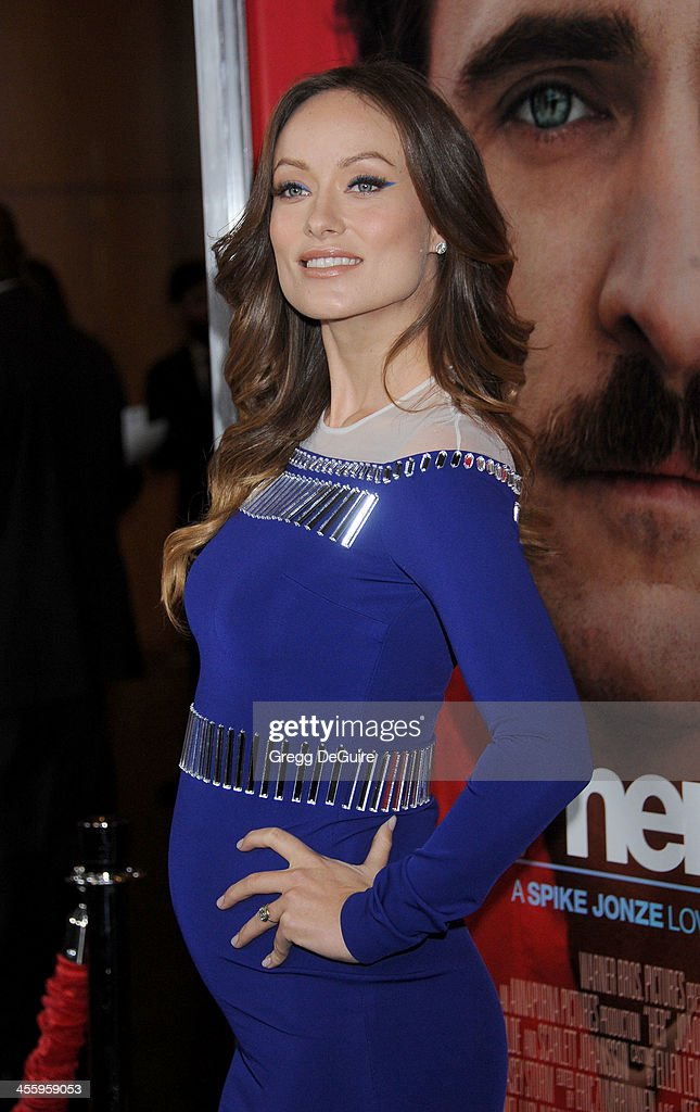 Actress <a gi-track='captionPersonalityLinkClicked' href=/galleries/search?phrase=Olivia+Wilde&family=editorial&specificpeople=235399 ng-click='$event.stopPropagation()'>Olivia Wilde</a> arrives at the Los Angeles premiere of 'Her' at Directors Guild Of America on December 12, 2013 in Los Angeles, California.