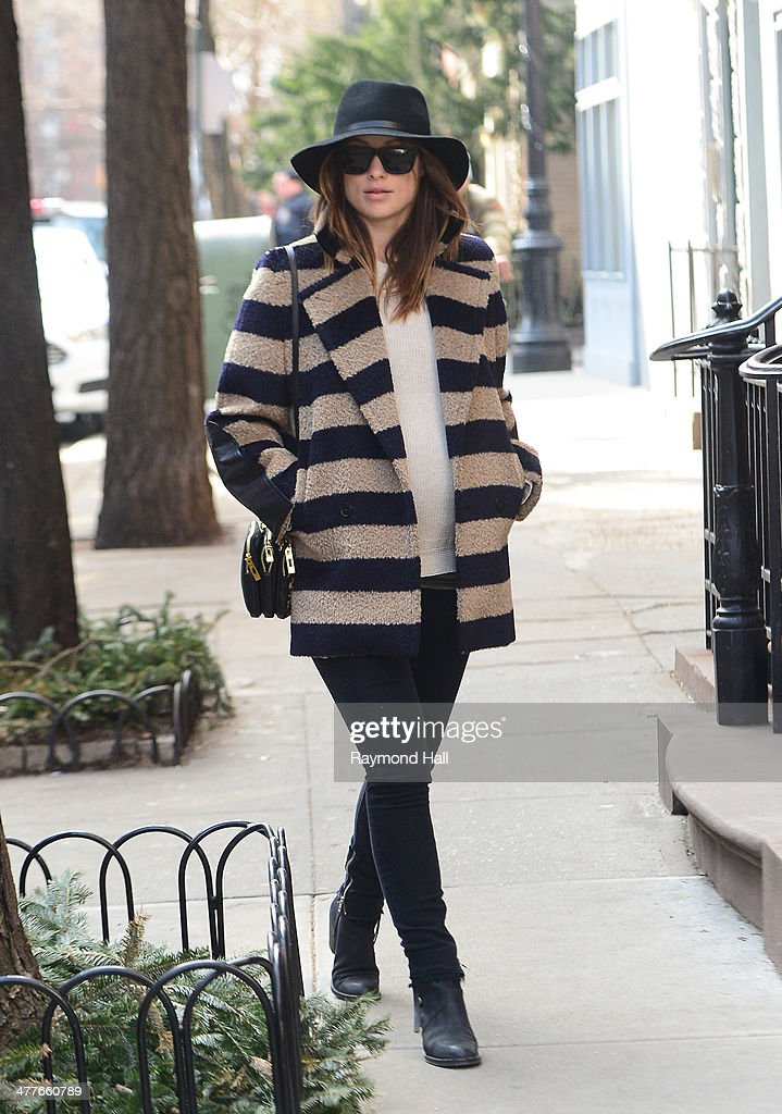 Actress <a gi-track='captionPersonalityLinkClicked' href=/galleries/search?phrase=Olivia+Wilde&family=editorial&specificpeople=235399 ng-click='$event.stopPropagation()'>Olivia Wilde</a> is seen walking in Soho on March 10, 2014 in New York City.