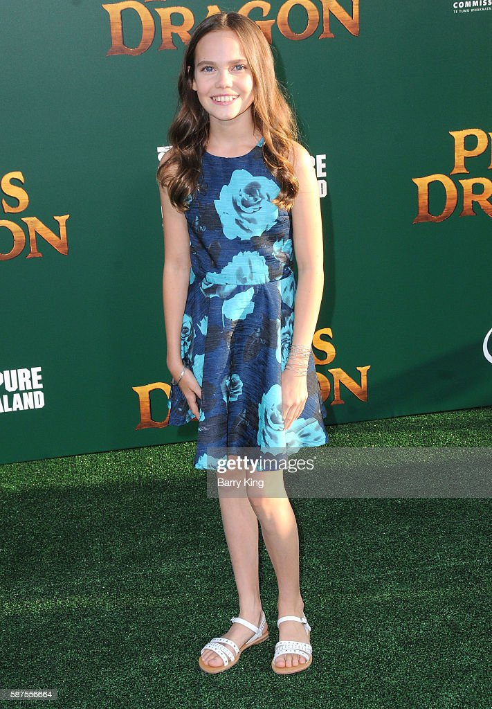 Actress Oona Laurence attends the world premiere of Disney's 'Pete's Dragon' at the El Capitan Theatre on August 8, 2016 in Hollywood, California.