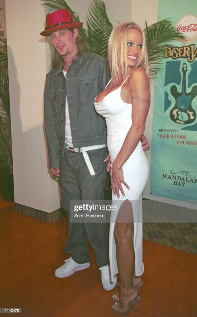 Actress Pam Anderson and musician Kid Rock pose for photos together April 28, 2001 in Las Vegas. NV.