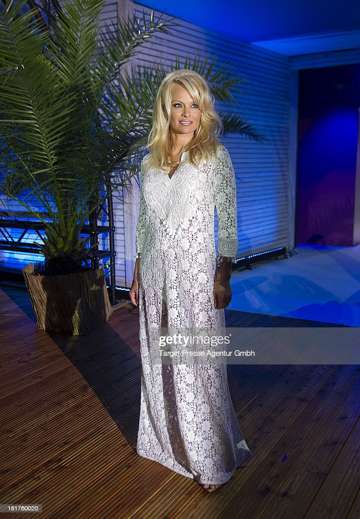 Actress <a gi-track='captionPersonalityLinkClicked' href=/galleries/search?phrase=Pamela+Anderson&family=editorial&specificpeople=171759 ng-click='$event.stopPropagation()'>Pamela Anderson</a> attends the TV show 'Promi Big Brother' on September 24, 2013 in Berlin, Germany.