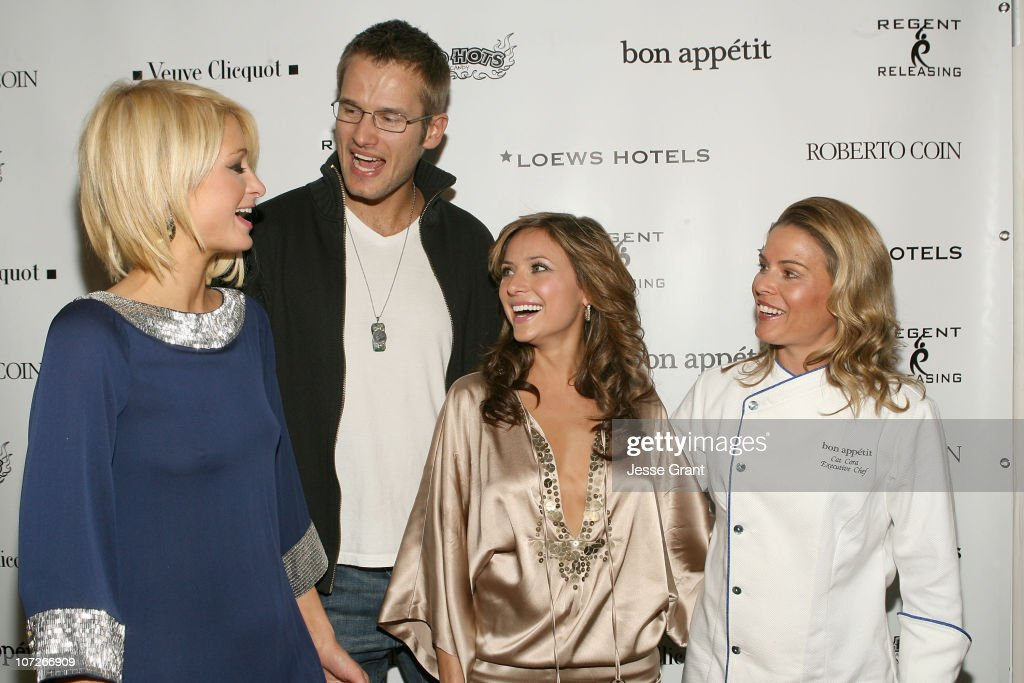 Actress Paris Hilton actor Johann Urbactress Christine Lakin and chef Cat Cora attend 'The Hottie and The Nottie' Dinner hosted by the Bon Appetit...