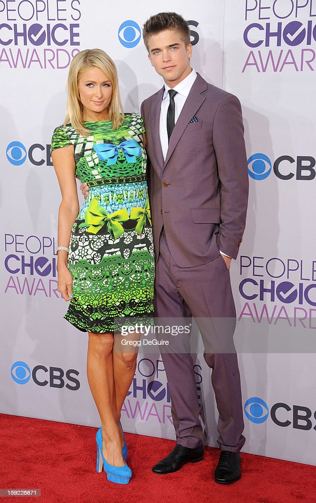 Actress Paris Hilton and model River Viiperi arrive at the 2013 People's Choice Awards at Nokia Theatre L.A. Live on January 9, 2013 in Los Angeles, California.