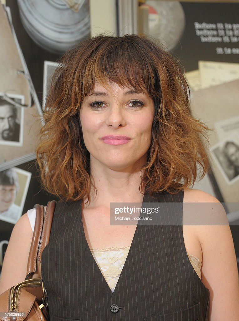 Actress <a gi-track='captionPersonalityLinkClicked' href=/galleries/search?phrase=Parker+Posey&family=editorial&specificpeople=213402 ng-click='$event.stopPropagation()'>Parker Posey</a> attends the New York Premiere of HBO Documentary 'Casting By' at HBO Theater on July 29, 2013 in New York City.