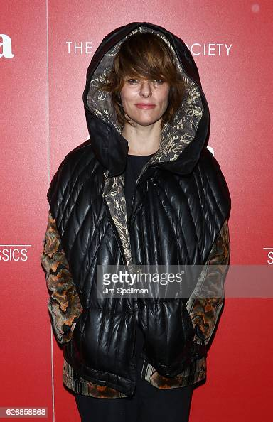 Actress Parker Posey attends the screening of Sony Pictures Classics' 'Julieta' hosted by The Cinema Society with Avion and GQ at Landmark Sunshine...