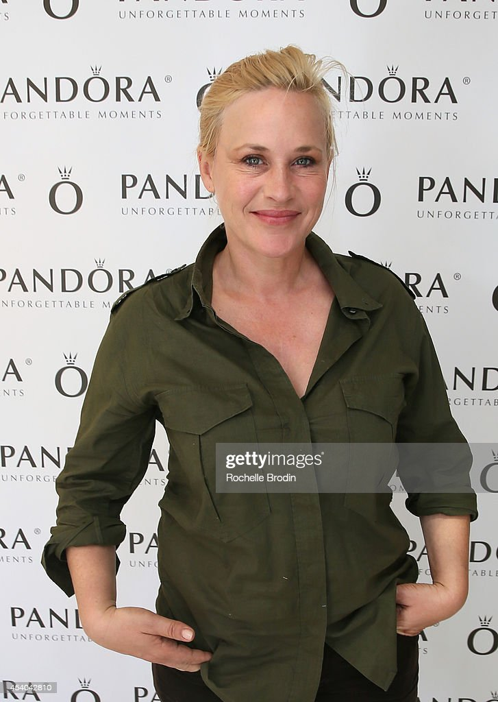 Actress <a gi-track='captionPersonalityLinkClicked' href=/galleries/search?phrase=Patricia+Arquette&family=editorial&specificpeople=206197 ng-click='$event.stopPropagation()'>Patricia Arquette</a> attends the HBO Luxury Lounge featuring PANDORA at Four Seasons Hotel Los Angeles at Beverly Hills on August 23, 2014 in Beverly Hills, California.