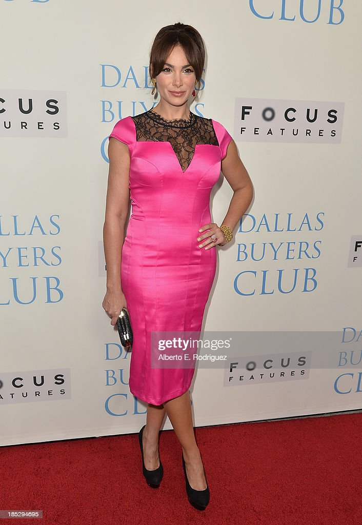 Actress <a gi-track='captionPersonalityLinkClicked' href=/galleries/search?phrase=Patricia+De+Leon&family=editorial&specificpeople=4542306 ng-click='$event.stopPropagation()'>Patricia De Leon</a>attends Focus Features' 'Dallas Buyers Club' premiere at the Academy of Motion Picture Arts and Sciences on October 17, 2013 in Beverly Hills, California.