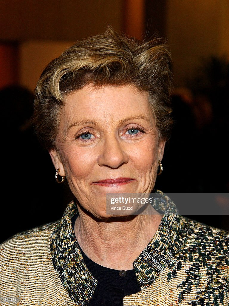 Actress <a gi-track='captionPersonalityLinkClicked' href=/galleries/search?phrase=Patty+Duke&family=editorial&specificpeople=93921 ng-click='$event.stopPropagation()'>Patty Duke</a> attends the 41st Annual ICG Publicists Awards on February 27, 2004 at the Beverly Hilton Hotel in Beverly Hills, California.