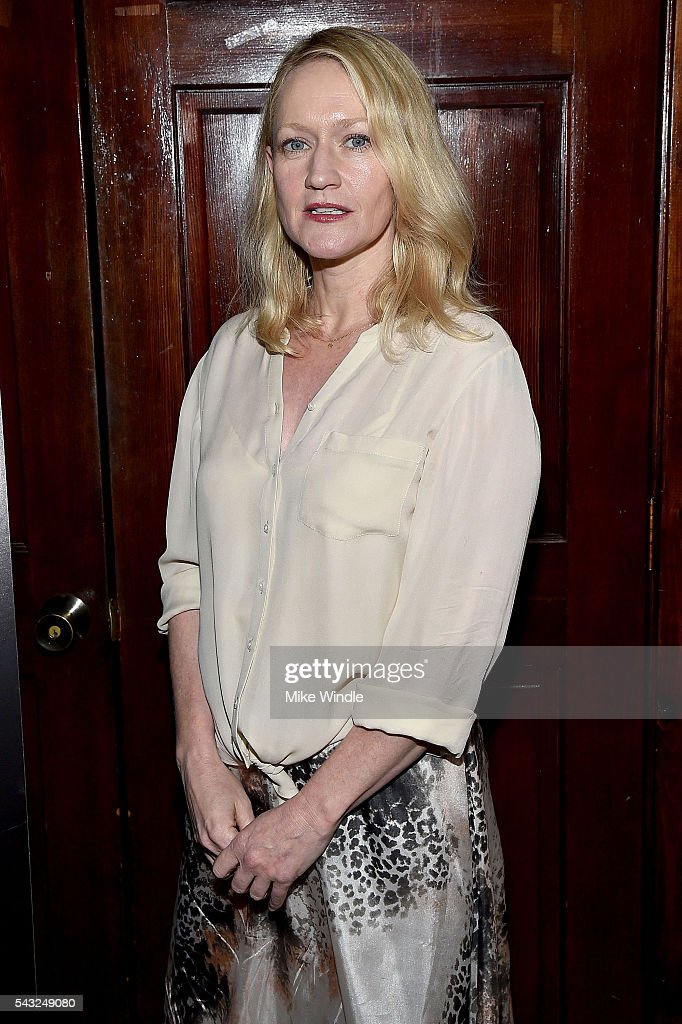 Actress <a gi-track='captionPersonalityLinkClicked' href=/galleries/search?phrase=Paula+Malcomson&family=editorial&specificpeople=577525 ng-click='$event.stopPropagation()'>Paula Malcomson</a> attends a viewing party for Showtime's 'Ray Donovan' at O'Brien's Irish Pub on June 26, 2016 in Santa Monica, California.
