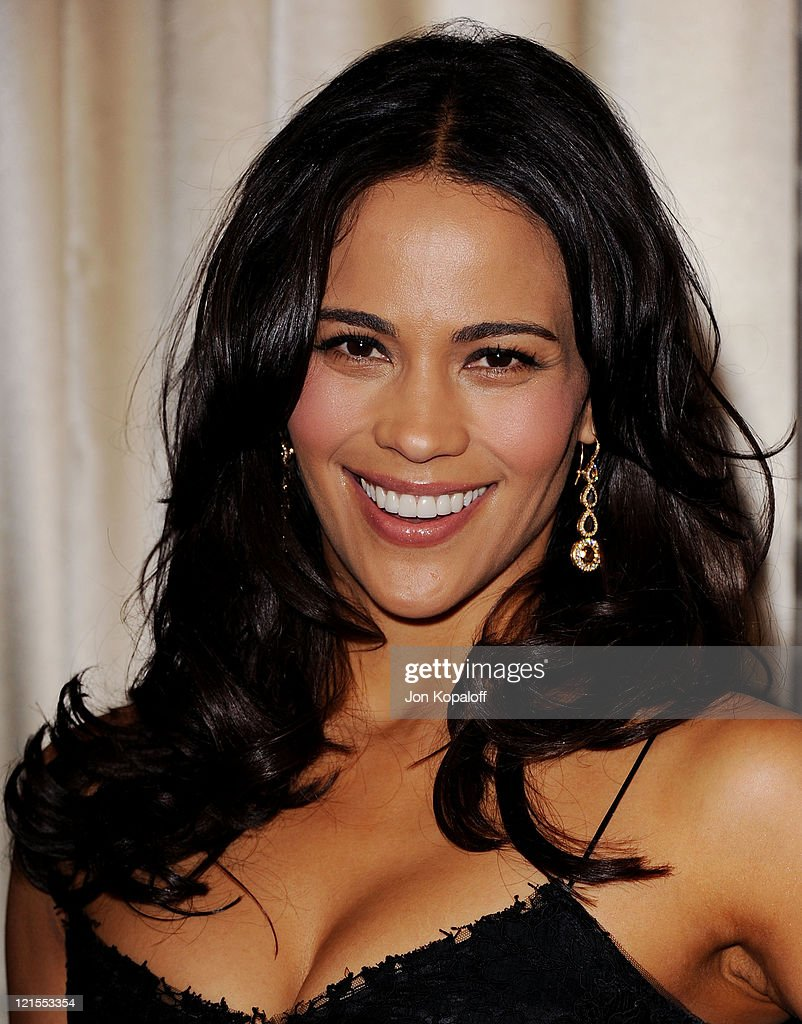 Actress Paula Patton arrives at the Simon Wiesenthal Center Annual National Tribute Dinner Honoring Tom Cruise at the Beverly Wilshire Four Seasons Hotel on May 5, 2011 in Beverly Hills, California.